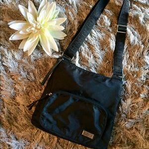 Kenneth Cole Reaction purse/crossbody bag💕